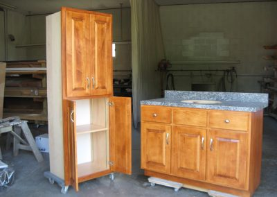 Custom bath vanity and cabinets